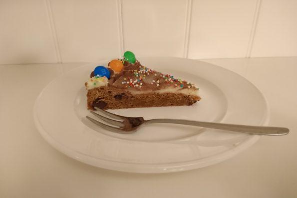 Single layer Chocolate chip cookie cake