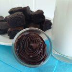 Fudge Brownie bites and chocolate frosting