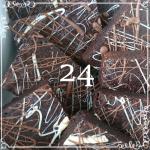 24 Chocolate Deluxe Brownies